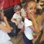 Les enfants aiment parler Anglais au Kids School