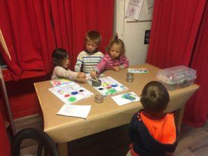 Les enfants apprennent l'anglais en s'amusant à Montpellier