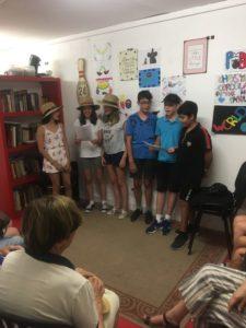 Les enfants font le show en anglais
